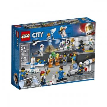 LEGO® City Space - Port cercetare si dezvoltare spatiala (60230)