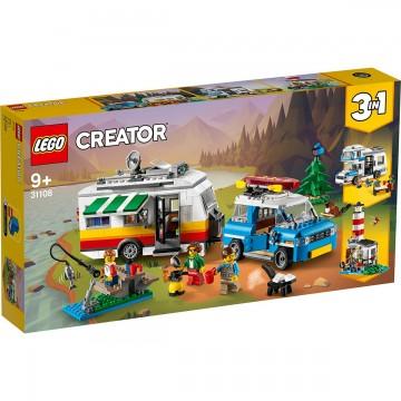 LEGO® Creator - Vacanta in familie cu rulota (31108)