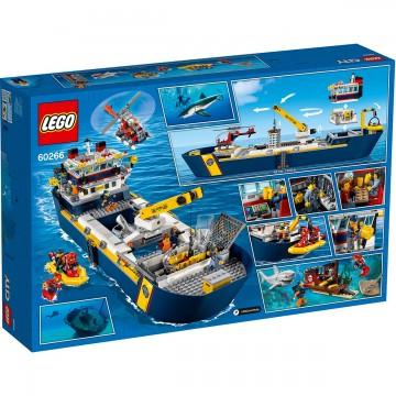 LEGO® City - Nava de explorare a oceanului (60266)